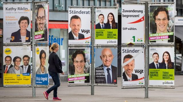 Vereinte Zürcher Politprominenz: Plakatwand am Helvetiaplatz in Zürich.