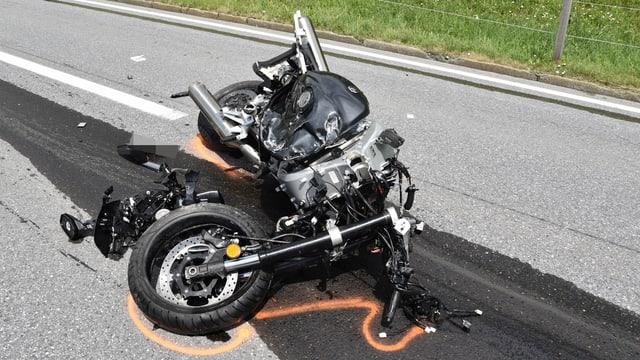 La moto è vegnida donnegiada dal tuttafatg.