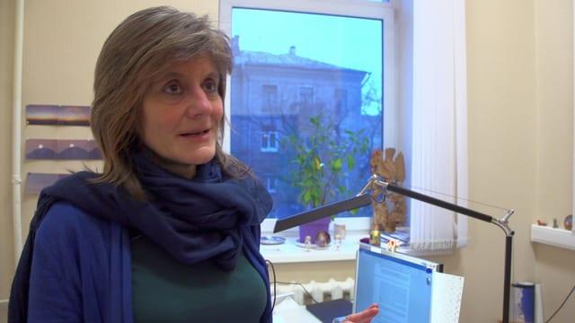 Dorothea Kolde stellt sicher, dass die Arbeiter auf den WM-Baustellen menschenwürdig behandelt werden.