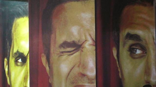 Drei Portraits eines Grimassen schneidenden Mannes.