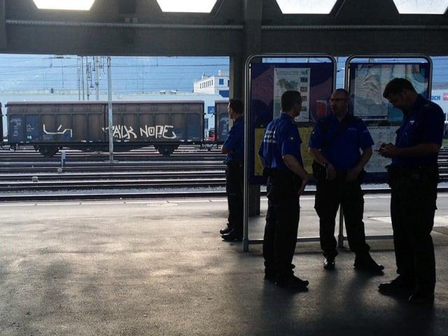 Polizei am Bahnhof Buchs
