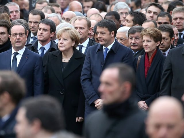 Francois Hollande, Angela Merkel, Matteo Renzi und Simonetta Sommaruga in Paris.