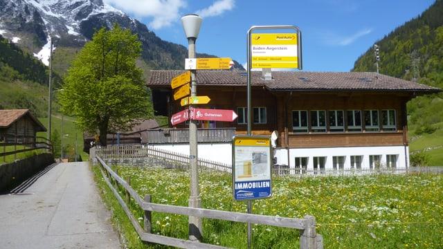 Bushaltestelle am Weiler Guttannen
