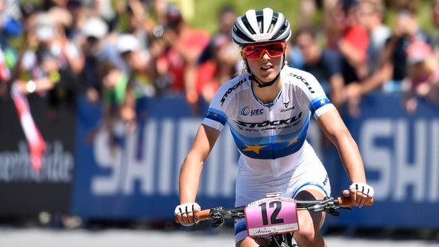 Jolanda Neff beim Weltcup in der Lenzerheide.