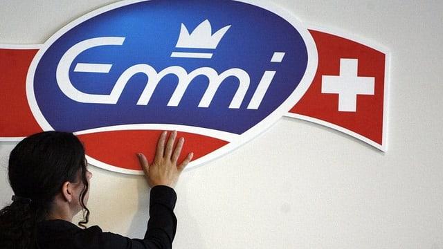 Logo dad Emmi.