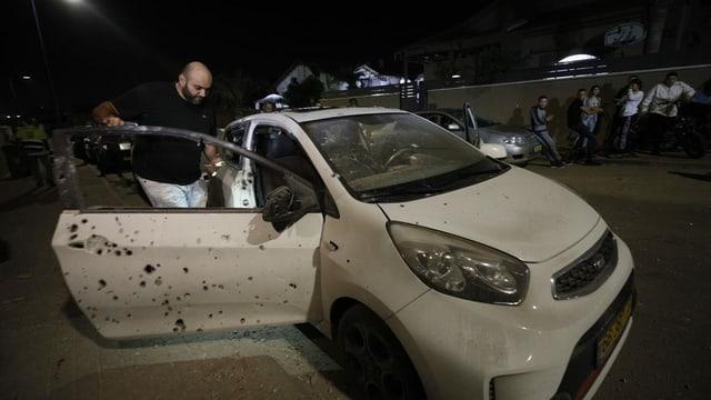 Beschädigtes Auto in Sderot