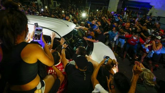 Überführung des Leichnamks von Diego Maradona.