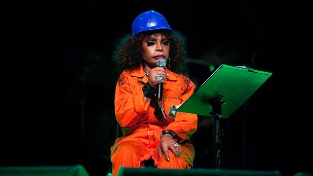 Sängerin Elza Soares während eines Konzertes.