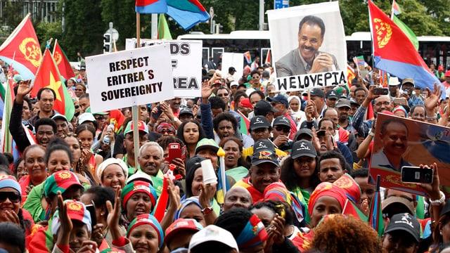 Eritreer demonstrieren