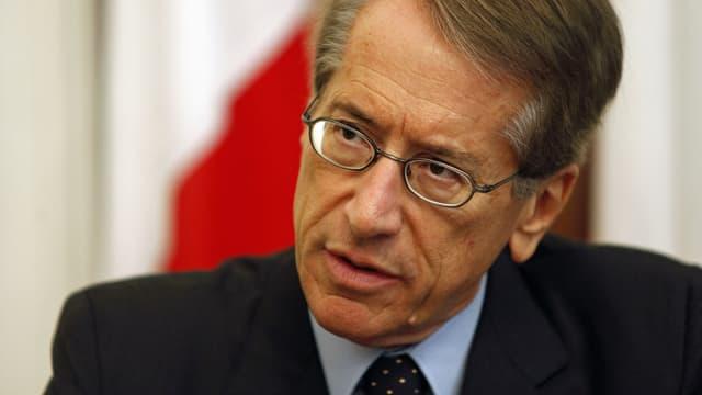 Italies Aussenminister spricht an einer Pressekonferenz im September 2012. (reuters)