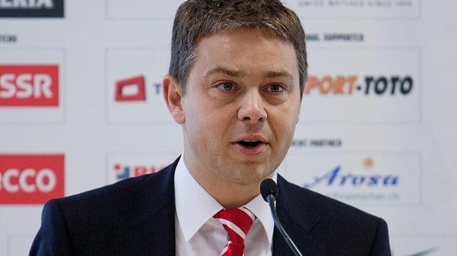 Matthias Berner wechselt als CEO vom Schweizer Eishockey-Verband zu den Kloten Flyers.