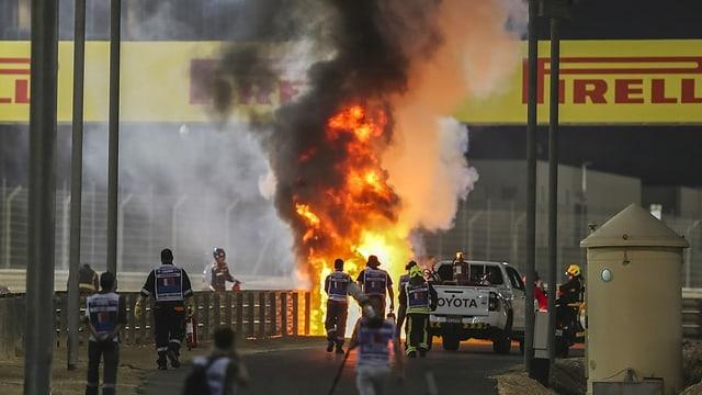 fieu a l'ur dal cirquit da Furmla 1 a Bahrain suenter la cupitgada dal pilot franzos Roman Grosjean