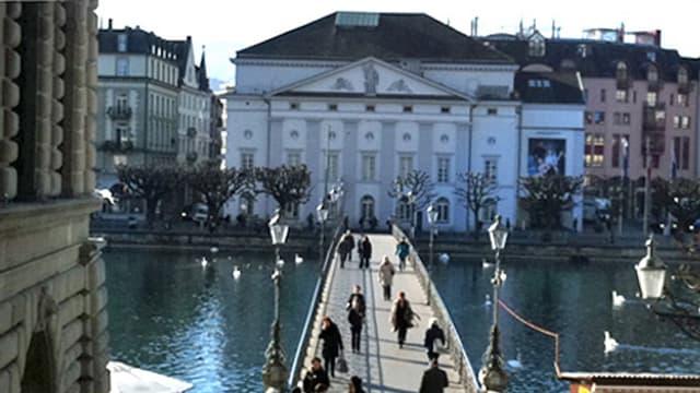 Das Gebäude des Luzerner Theaters.