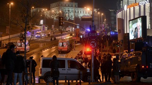 Il quartier da Besiktas è in popular lieu da sortida e la fin d'emna fitg fullanà.