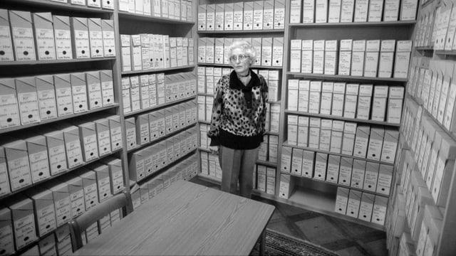 Marthe Gosteli in ihrem Archiv.