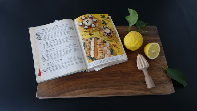 Offenes Kochbuch von Elisabeth Fülscher.