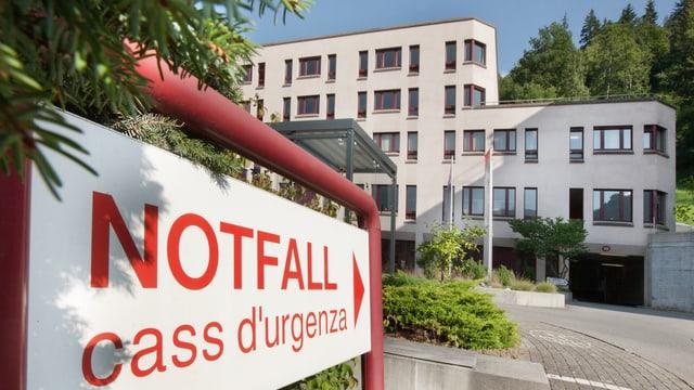 Spital Ilanz und Notfalltafel