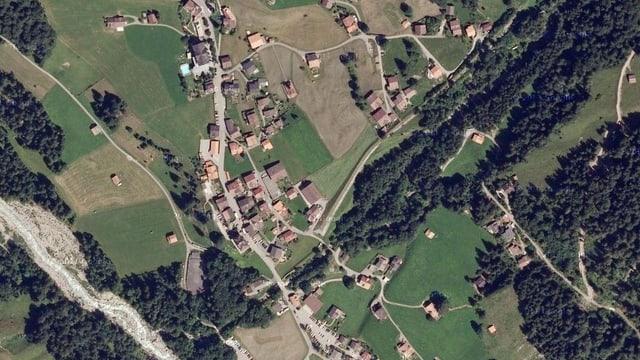 Eine Satellitenaufnahme von Reichenbach im Kiental, wo der Mord geschah.