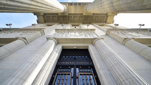 L'entrada dal Tribunal federal a Losanna.