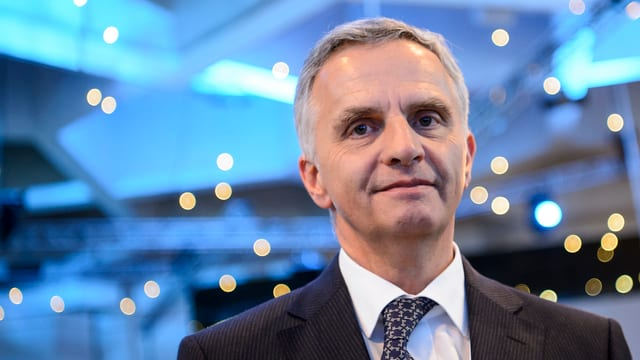 Bundesrat Didier Burkhalter am WEF in Davos, neutrales Portrait