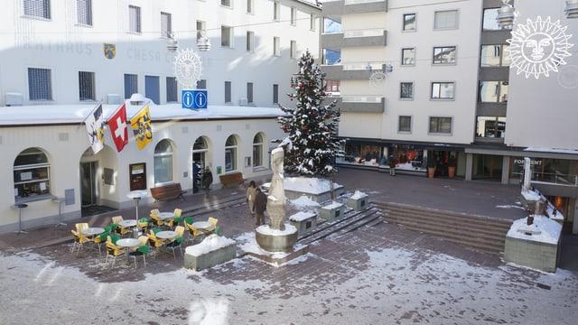 Auf dem Dorfplatz in St. Moritz wird am 22. Februar über Kandidatur für die Olympischen Winterspiele diskutiert.