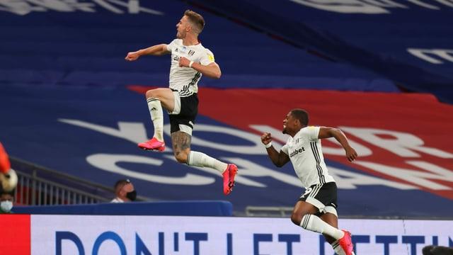 Joe Bryan schoss Fulham mit einem Doppelpack zurück in die Premier League.