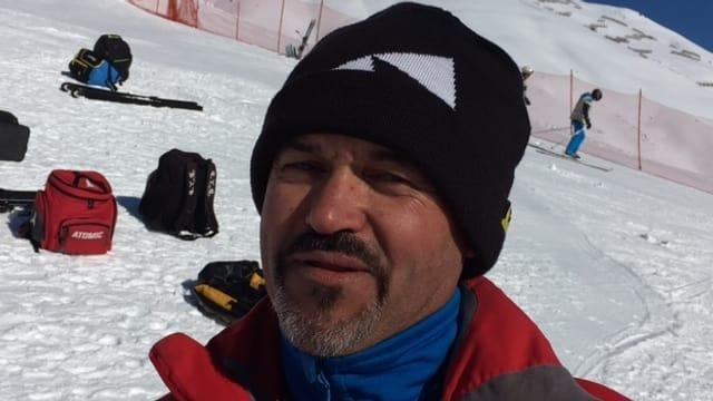 Max Almeida