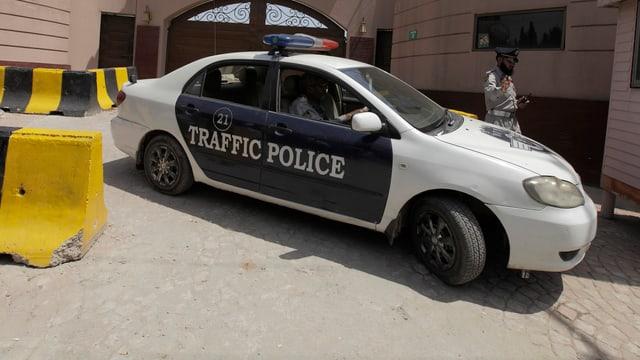 Ein pakistanisches Polizeifahrzeug