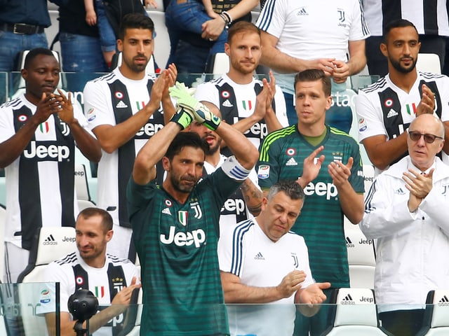 Gianluigi Buffon bei seiner Auswechslung.