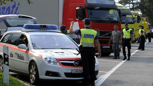 Controlla da polizia en il Tessin.