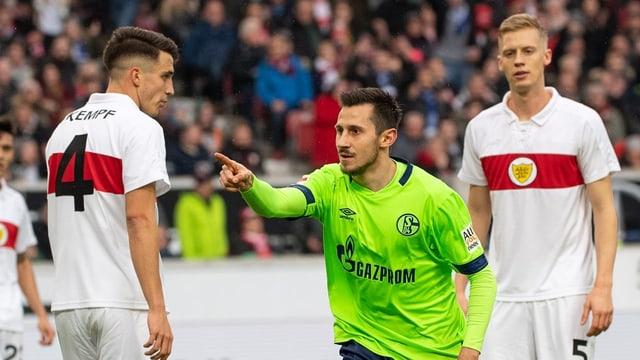 Schalkes Skrzybski bejubelt seinen Treffer.