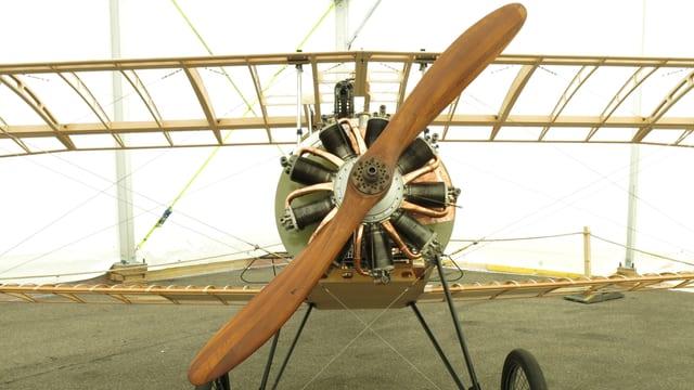 Altes Flugzeug