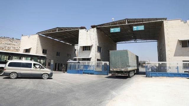 Der Grenzübergang am türkisch-syrischen Grenzübergang in Bab al_Hawa.