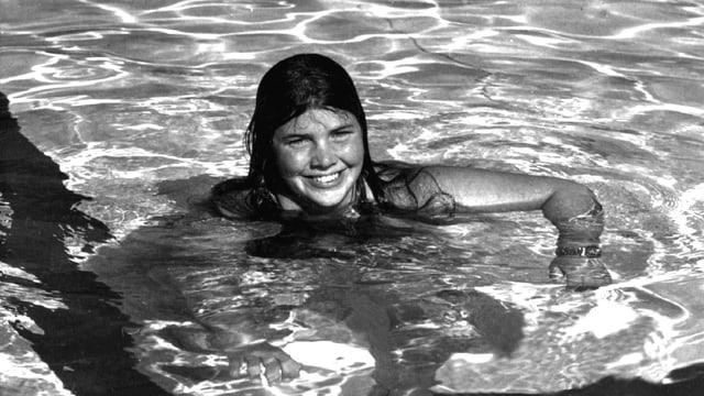 Die 30-jährige Amerikanerin Lynne Cox im Wasser.