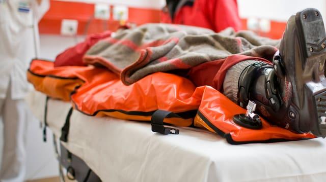 Wer keinen Notfalldienst leisten will, zahlt in Glarus bis zu 15'000 Franken.