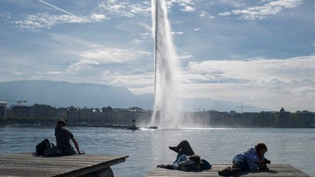 Il jet d'eau sin il Lac Leman a Genevra.