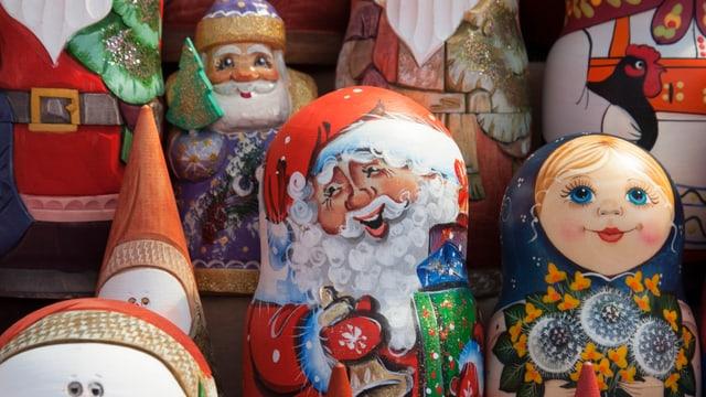 Weihnachtsmann als Matroschka.