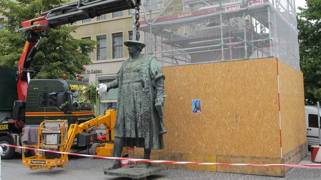 Vadian-Statue nach Restauration