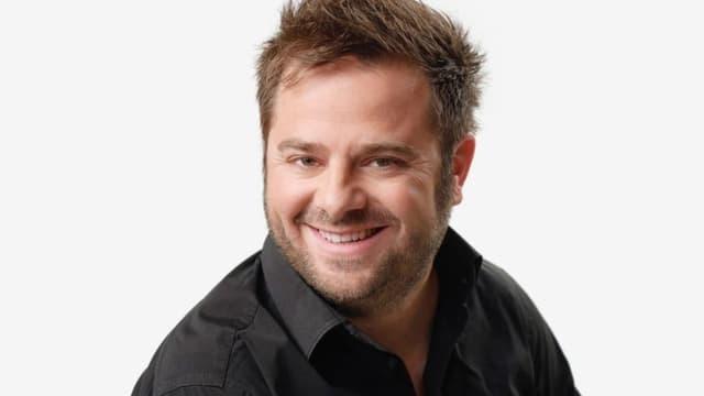 Marco Thomann arbeit beim Radio SRF 3 und ist Comedy-Autor beim Comedy-Duo «Divertimento».