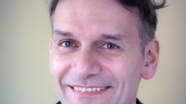 Portraitaufnahme von Günther Fink