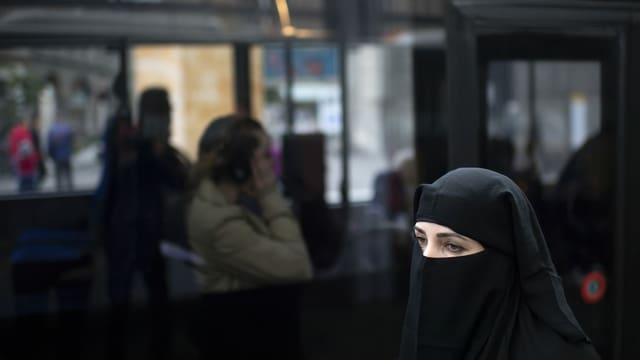 Frau mit Niqab in St. Gallen