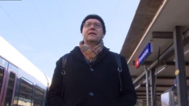 …trifft auf Jo Lang, Gründungsmitglied der «Gemeinschaft Schweiz ohne Armee» und Gripen-Gegner.