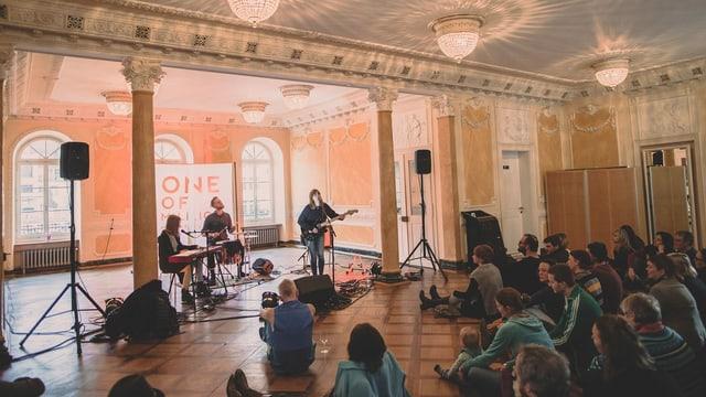 Konzert in einer alten Villa