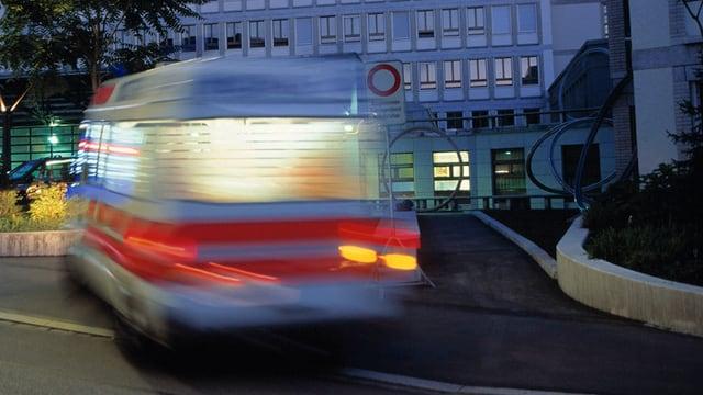 Ambulanz in der Nacht