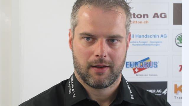 Portrait des Eishockeyspielers Michel Riesen