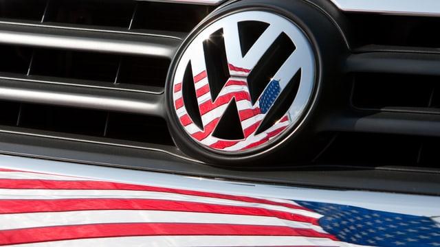 bandiera americana ed il logo da l'auto VW