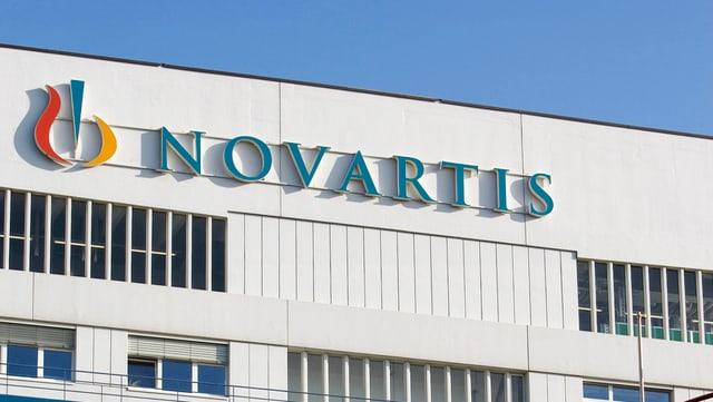 Logo da Novartis