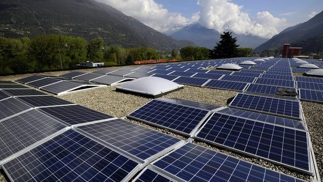 Solarkollektoren in Giubiasco im Kanton Tessin.