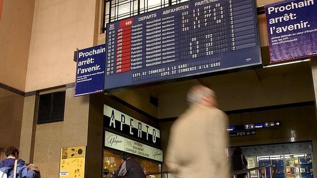 La staziun da Genevra-Cornavin l'onn 2002.