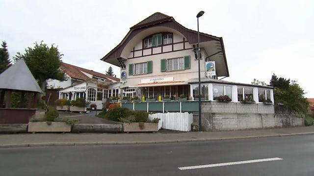 Video «Berner Seeland – Tag 5 – Restaurant Curtovino, Baggwil» abspielen